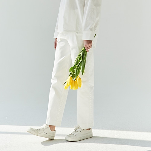 ONE TUCK COTTON PANTS (White)